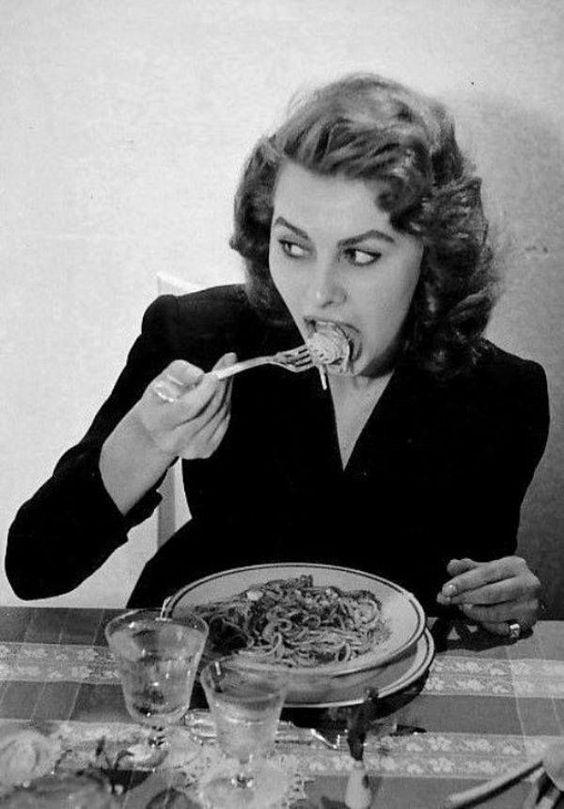 Sophia Loren: everything you see I owe to spaghetti.